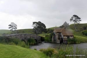 die Brücke mit der Mühle